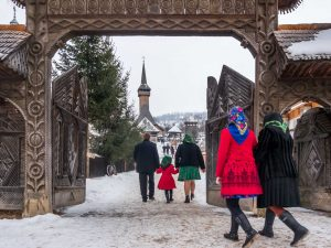 What-to-do-in-Romania-Take-part-in-Christmas-traditions