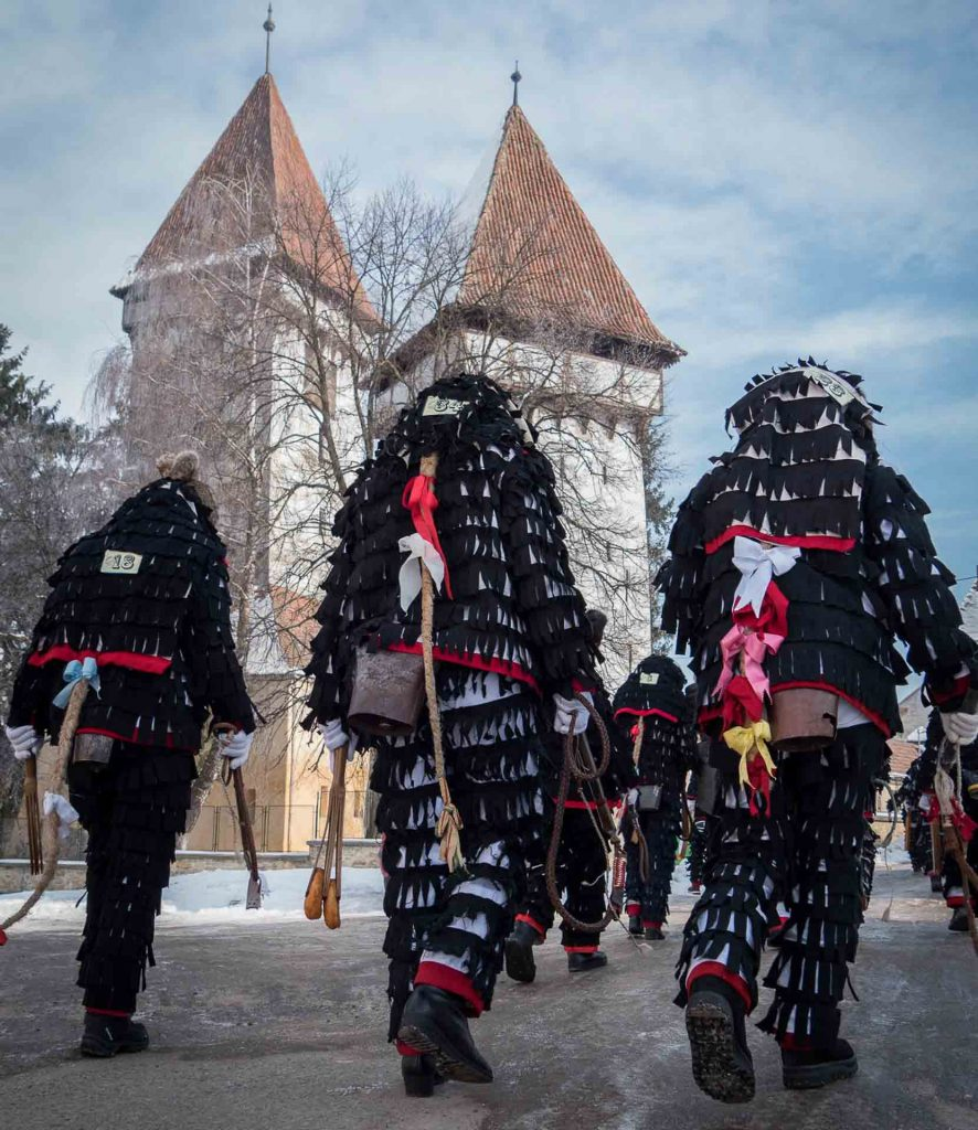 Transylvanian Saxon Customs - Parade of the lole
