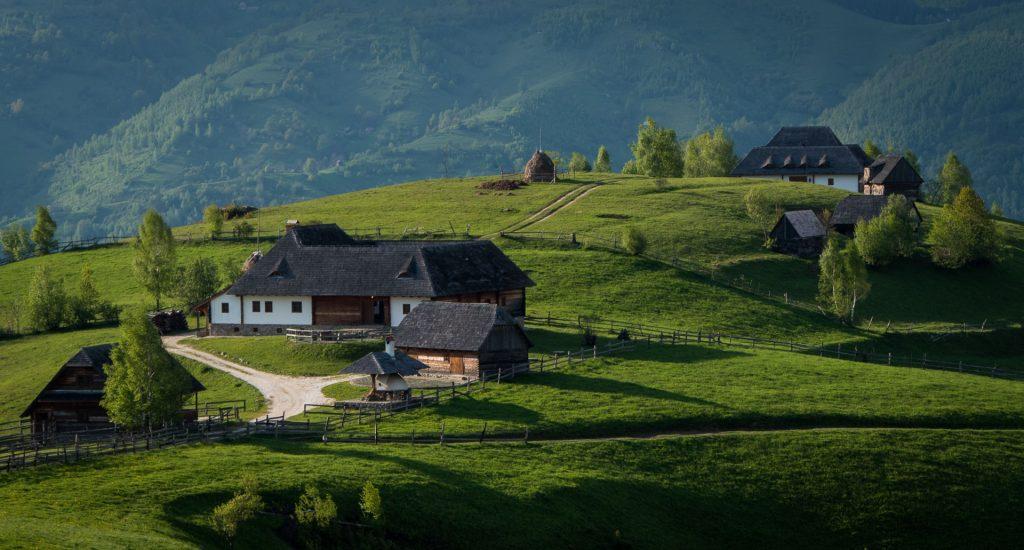 Villages scattered in valleys